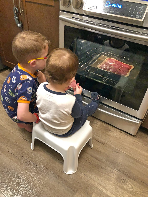 Kids watching Pizza Bake